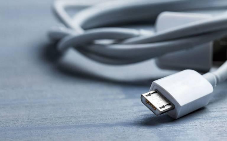 Photo of Joven Curioso Se Mete Cable USB Y Se Lastima Uretra
