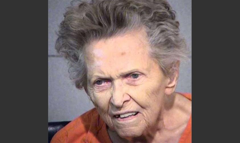 Photo of Mamá De 92 Mata A Su Hijo Para No Terminar En Un Asilo De Ancianos En Estados Unidos