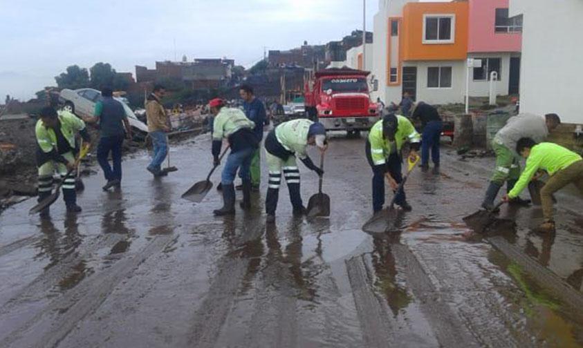 Photo of #Morelia SLyT Trabajan Doble Al Recolectar 300 Toneladas De Escombro Tras Tromba En Quinceo