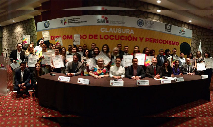 Photo of ¡Felicidades! Primera Generación En Diplomado De Locución Y Periodismo En Michoacán