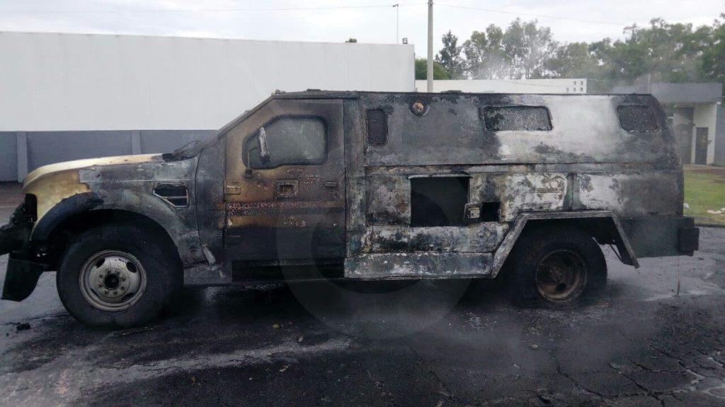 Photo of #Michoacán Camioneta De Valores Se Incendia Por Falla En Sistema Eléctrico En Jacona