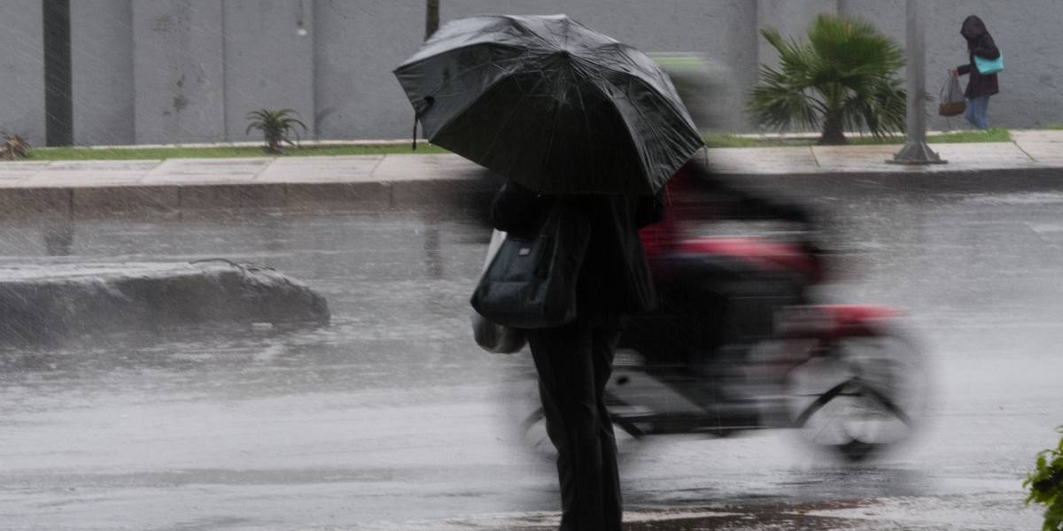 Photo of John Se Degrada A Tormenta Tropical Y Se Prevén Fuertes Lluvias En Michoacán