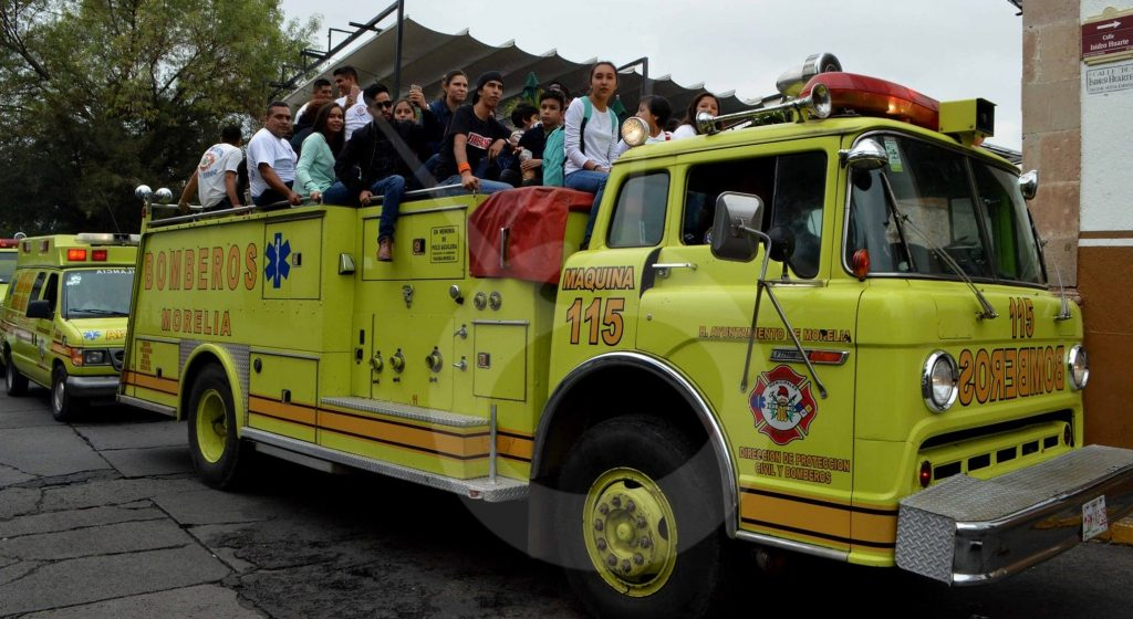 Photo of Bomberos Con Caravana Y Misa Celebran Su Día Muy Unidos