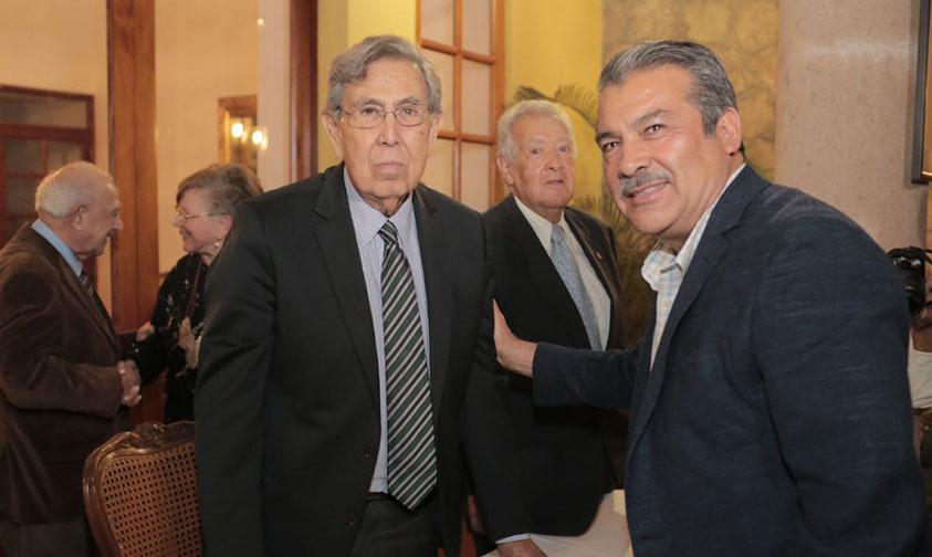 Photo of Presidente Electo De Morelia Raúl Morón Invita A Cuauhtémoc Cárdenas A Su Protesta