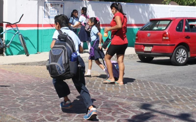 Photo of Por Calor Podrían Retrasar Regreso A Clases En Mexicali