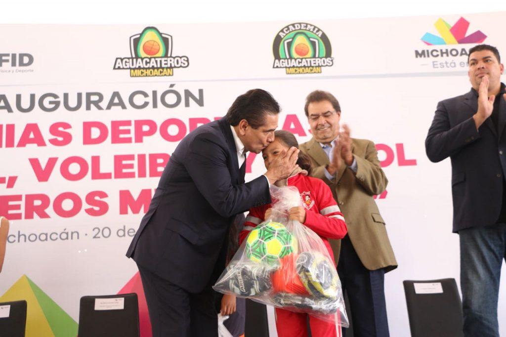 Photo of #Michoacán Escuelas Públicas Tendrán Academia De Fútbol, Básquet Y Voleibol