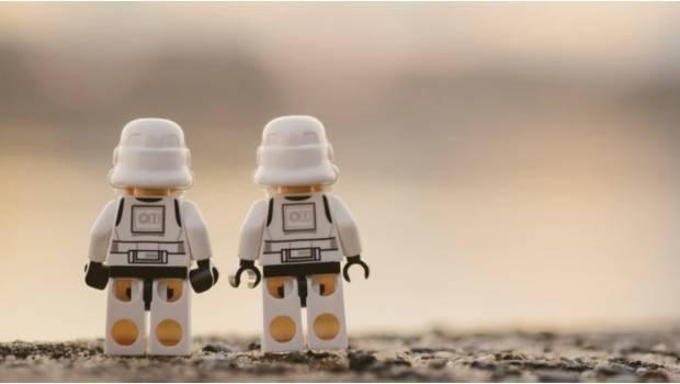 """Photo of Niño Fan De Star Wars No Golpeó A Agresor Porque """"Eso No Haría Un Jedi"""""""