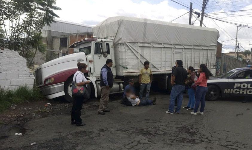 camión barda mercado de abastos Morelia b