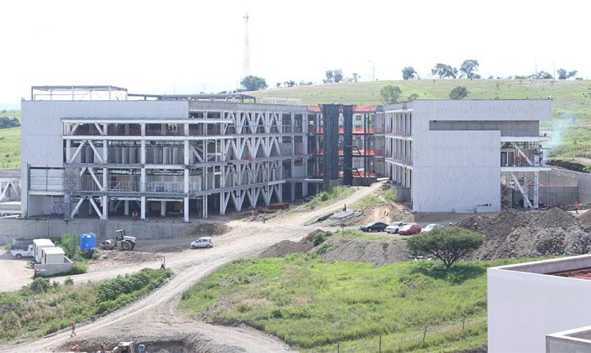 hospitales civil e infantil construcción Michoacán