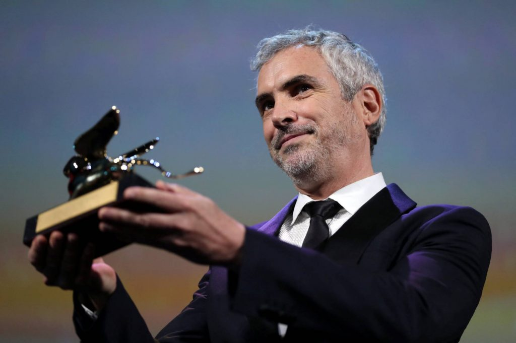 Photo of Alfonso Cuarón Gana León De Oro En Venecia Por Roma