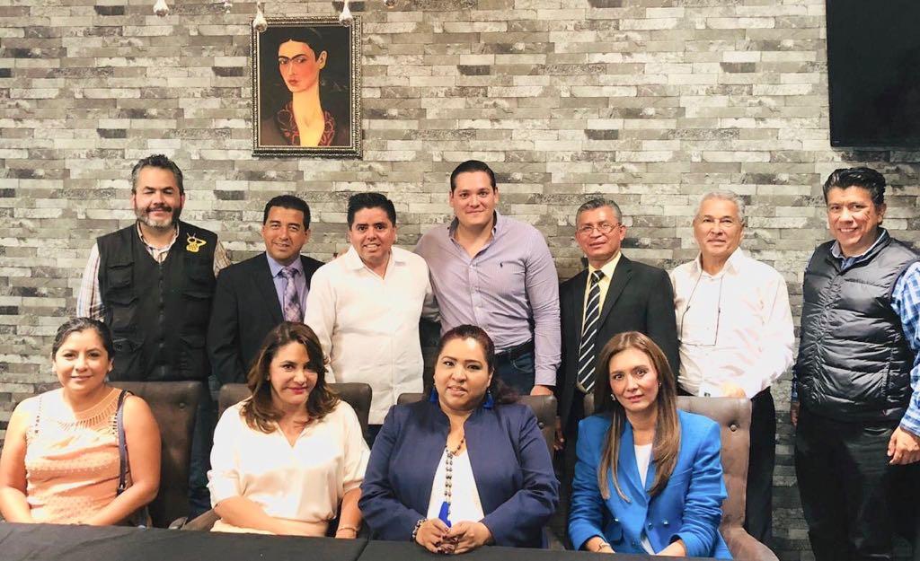 Photo of Se Reúne Alianza Multimedios Michoacán Con Roberto Pantoja Arzola