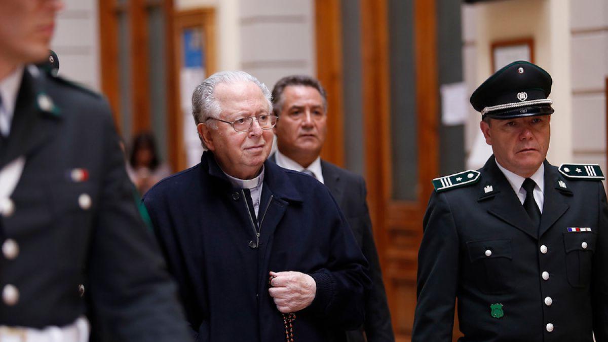 Photo of Papa Expulsa Del Sacerdocio A Clérigo Chileno Por Abusos Sexuales