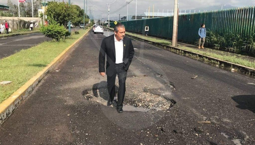 Photo of #Morelia Morón Visita Lugares Más Afectados Para Comenzar Con Bacheo