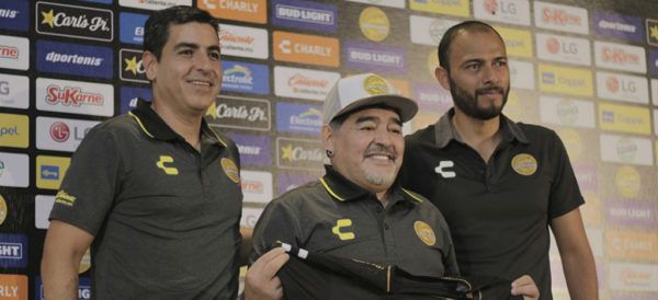 Photo of #Vídeo Maradona Aceptó A Dorados Porque América No Lo Buscó