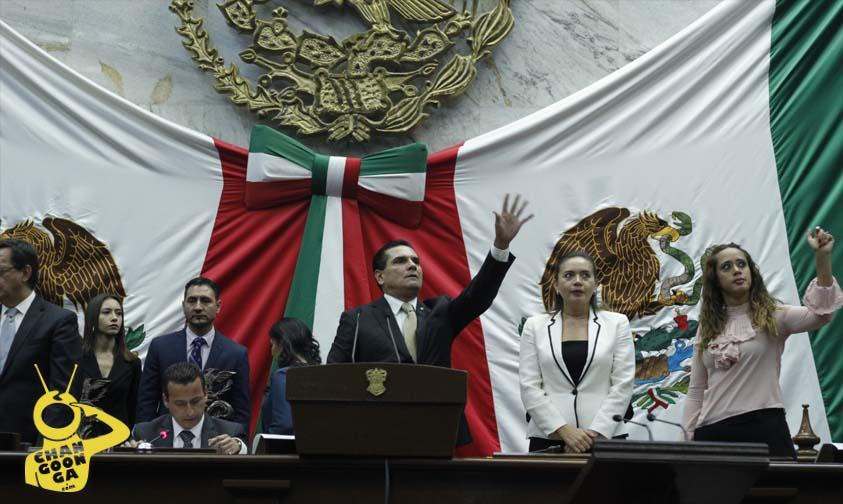 Photo of Tercer Informe De Silvano, Entre El Glamour Y La Memoria Por Los 43