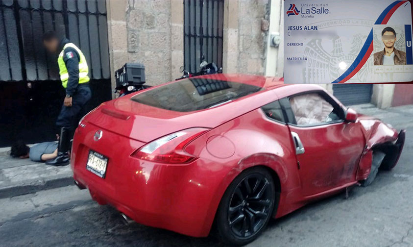 carro rojo Morelia Jesús Alan La Salle