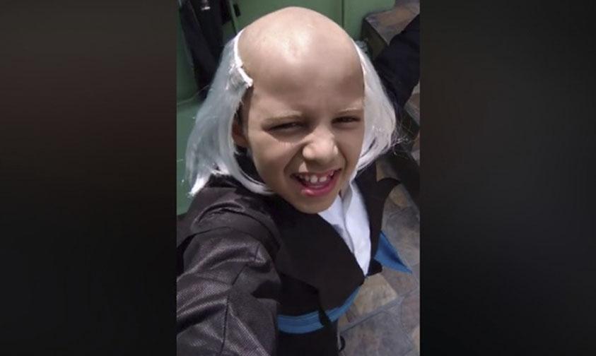 "Photo of #Video Niño Caracterizando A Miguel Hidalgo Conquista Con ""¿Me Escuchan?"" De Thalía"
