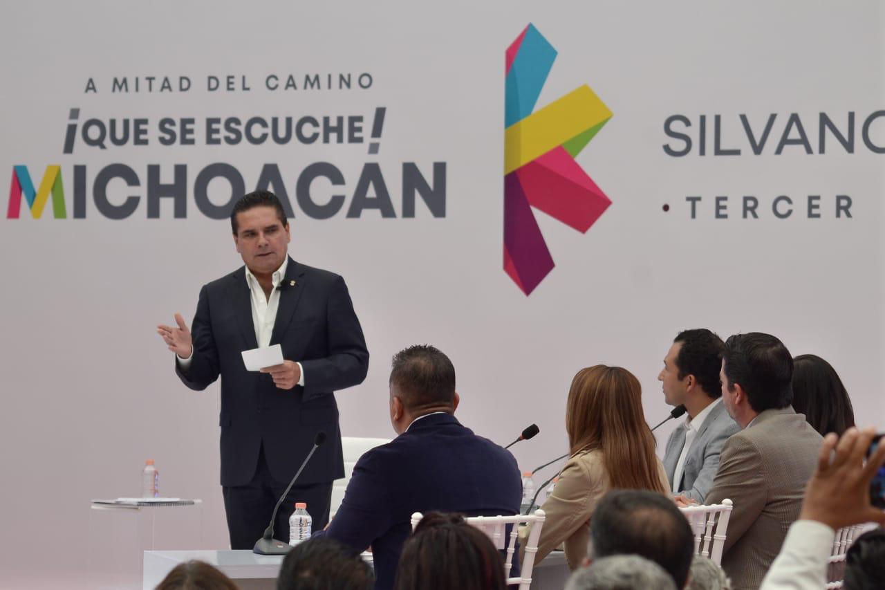 Photo of #QueSeEscuche Ausencia Del Procurador En Evento De Silvano Deja Ver Que Ya Se Fue