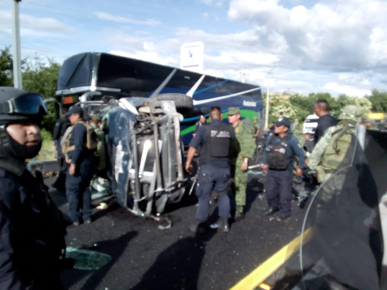 Photo of Vuelca Aparatosamente Una Patrulla De La Policía Michoacán, Hay Lesionados