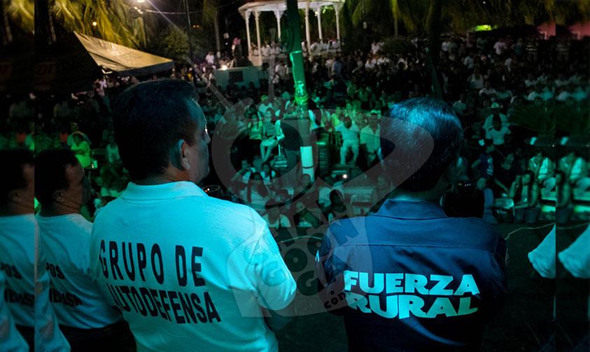 Photo of #Michoacán Salen Los Primeros 20 Ex Autodefensas Del Cereso De Mil Cumbres