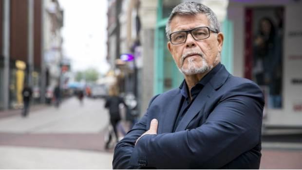 Photo of OMG! Señor de 69 Años Inicia Juicio Para Que Le Quiten 20 Años Legalmente