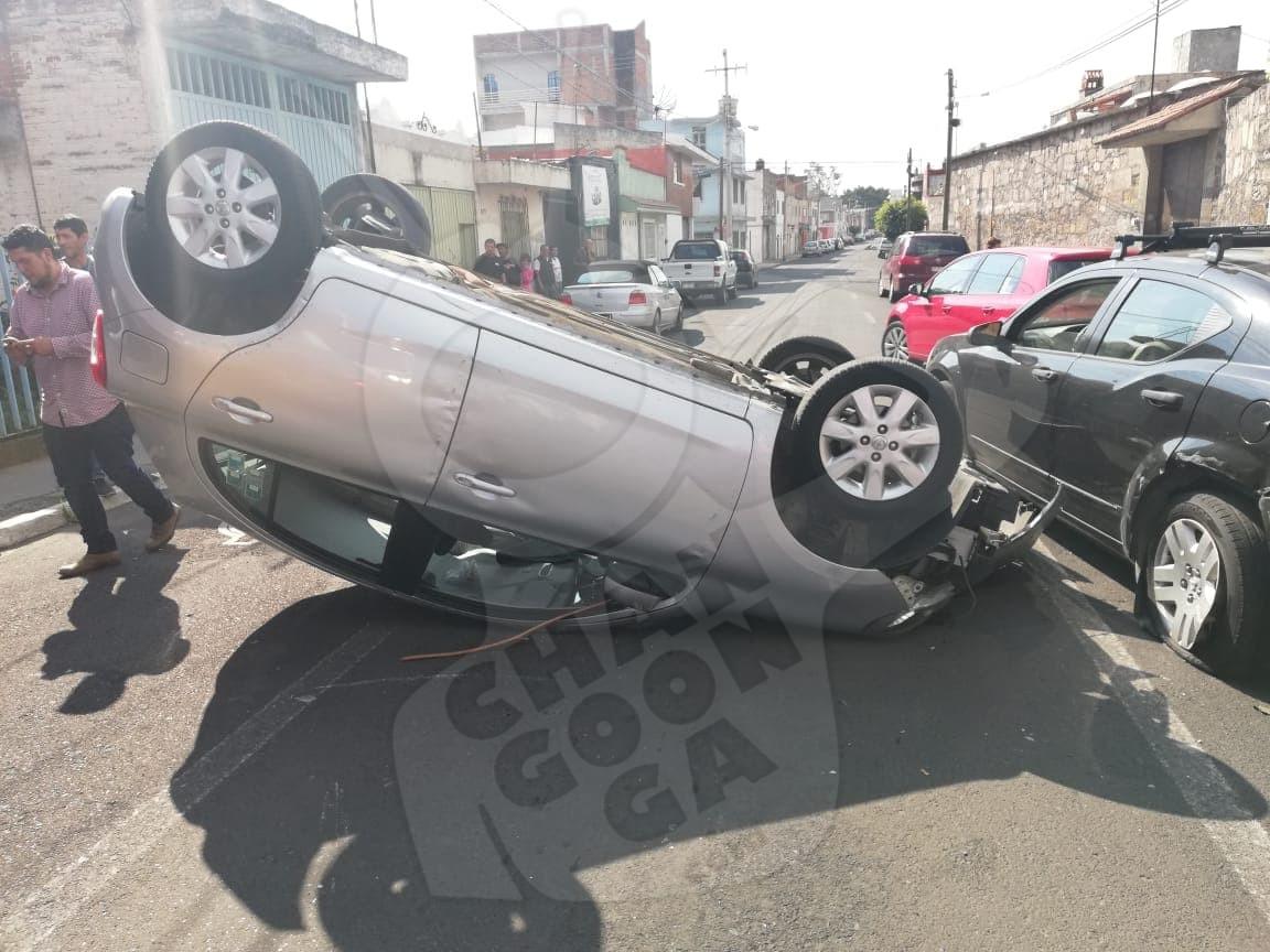 Photo of #Morelia Volcadura En Molino De Parras Deja A Una Mujer Y Una Niña Lesionadas