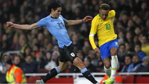 Photo of #Vídeo En Amistoso Neymar Se Vuelve A Revolcar Y Se Encara Con Cavani