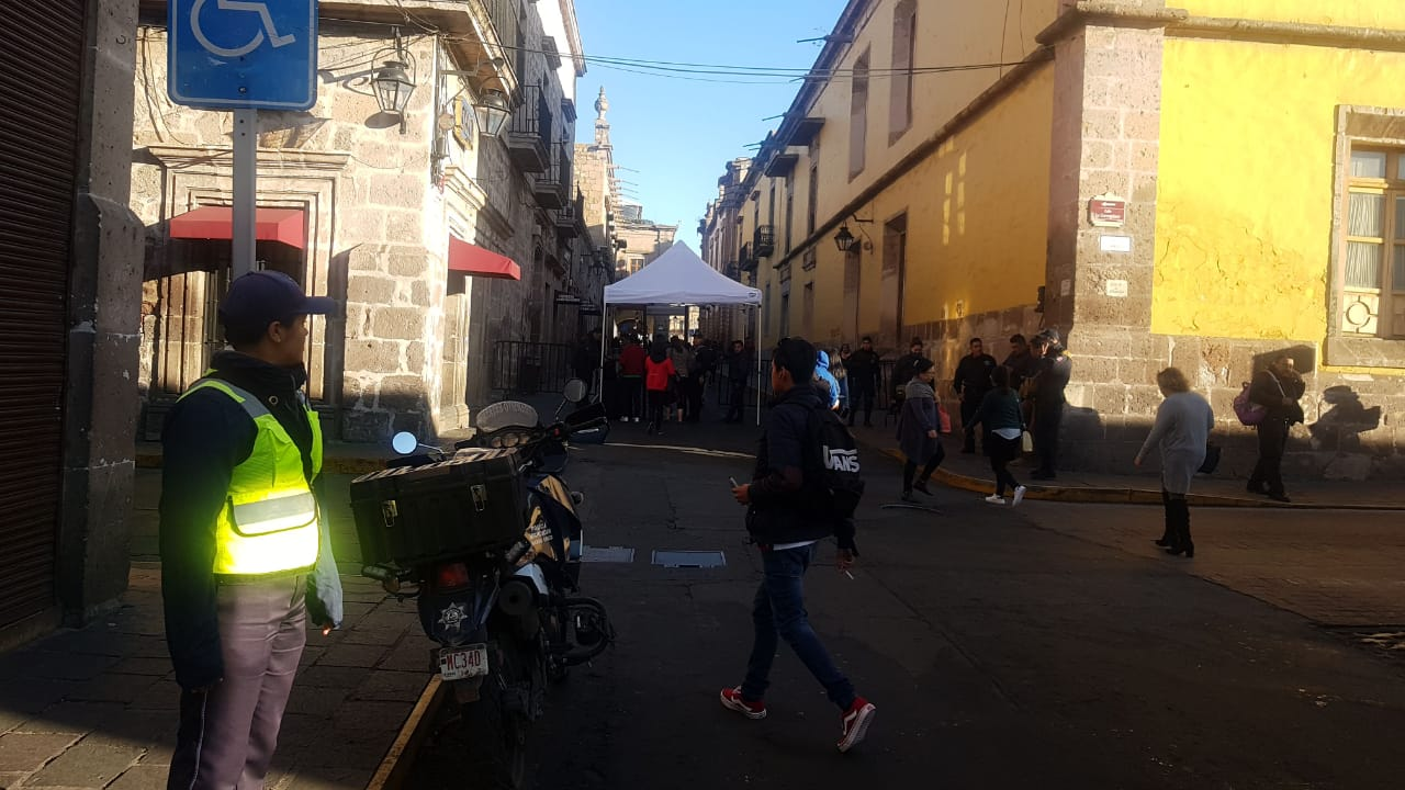 Photo of Aún No Empieza El Desfile Y Morelianos Muestran Molestia Ante Caos Vial