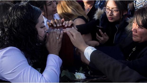 """Photo of AMLO No Fue A Funeral De Panistas Para Evitar """"Mezquindad"""""""
