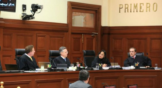 Photo of Ministros Aceptan Reducir Gastos De Poder Judicial, Pero No Sueldos