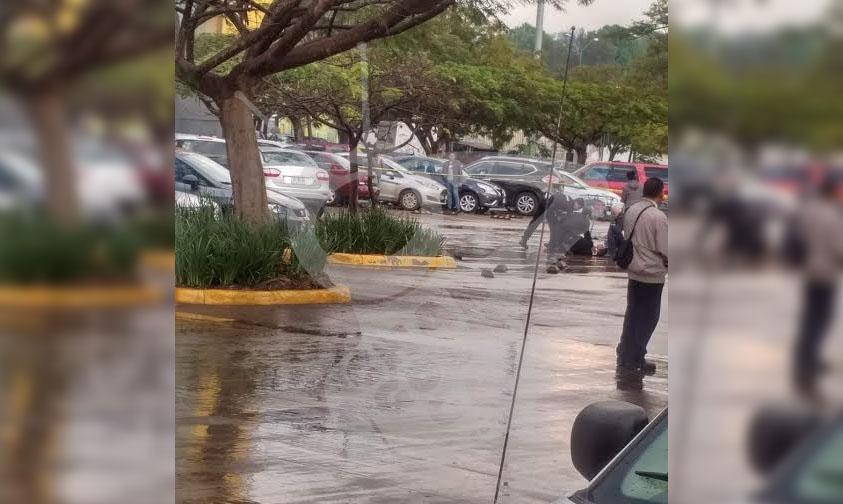 Photo of #Uruapan Matan A Balazos A Chavo En Estacionamiento De Plaza Ágora