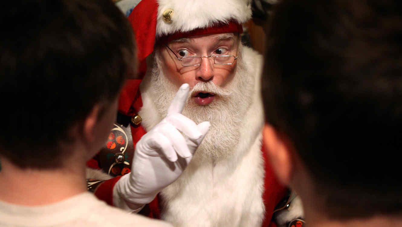 Photo of #WTF Niño Llama Al 911 Porque No Le Gustó Su Regalo De Santa Claus