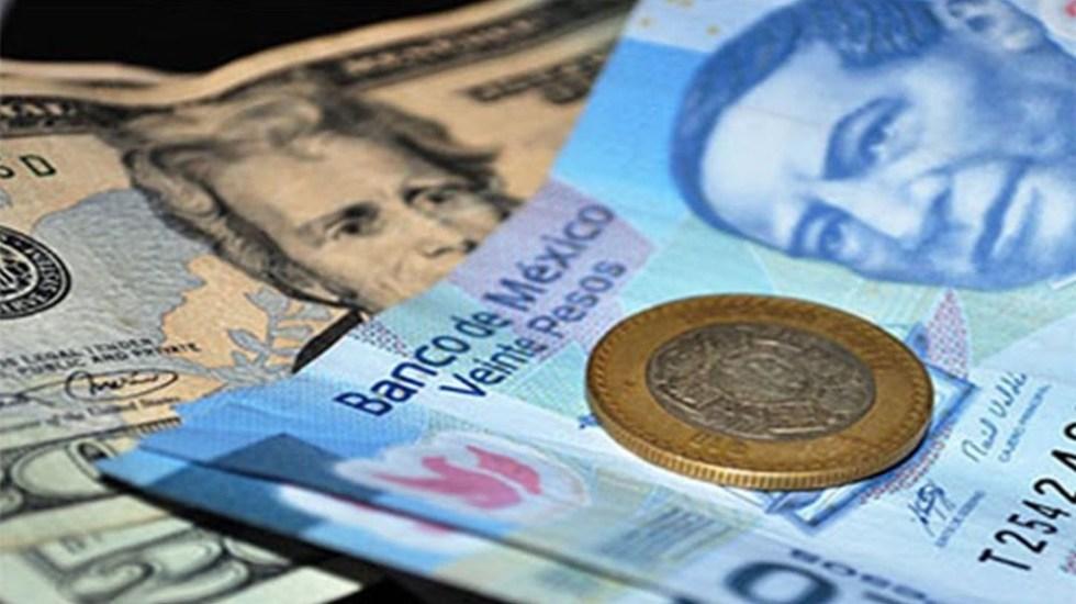 Photo of Por Fin El Dólar Vale Menos Que Un Benito, Se Vende En 19 Pesos