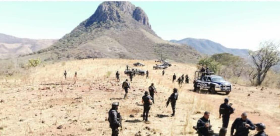 Photo of #MichoacánRojo Desaparecen 5 Polis En Tuzantla Y Al Buscarlos Hallan Droga Y Armas