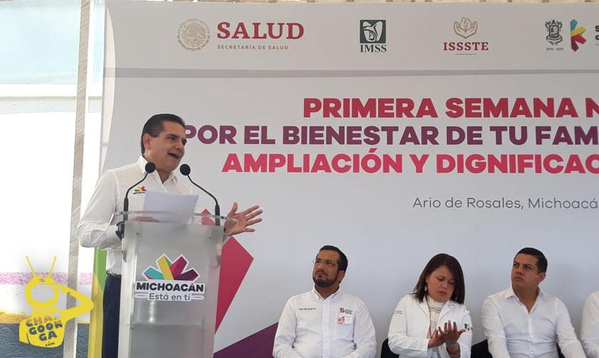 Photo of #Michoacán Silvano Pide Arreglar Con Pico Y Pala Carretera De Ario De Rosales