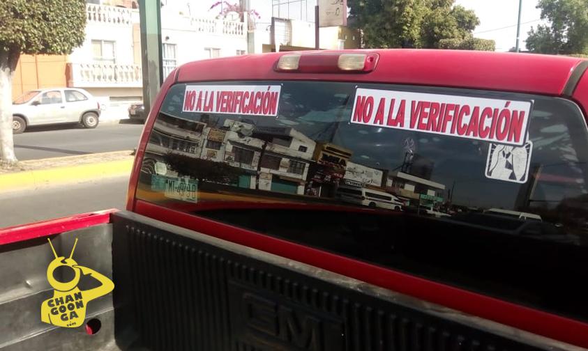 Photo of Reparten Calcomanías A Choferes Morelianos Con Mensaje En Contra De Verificación