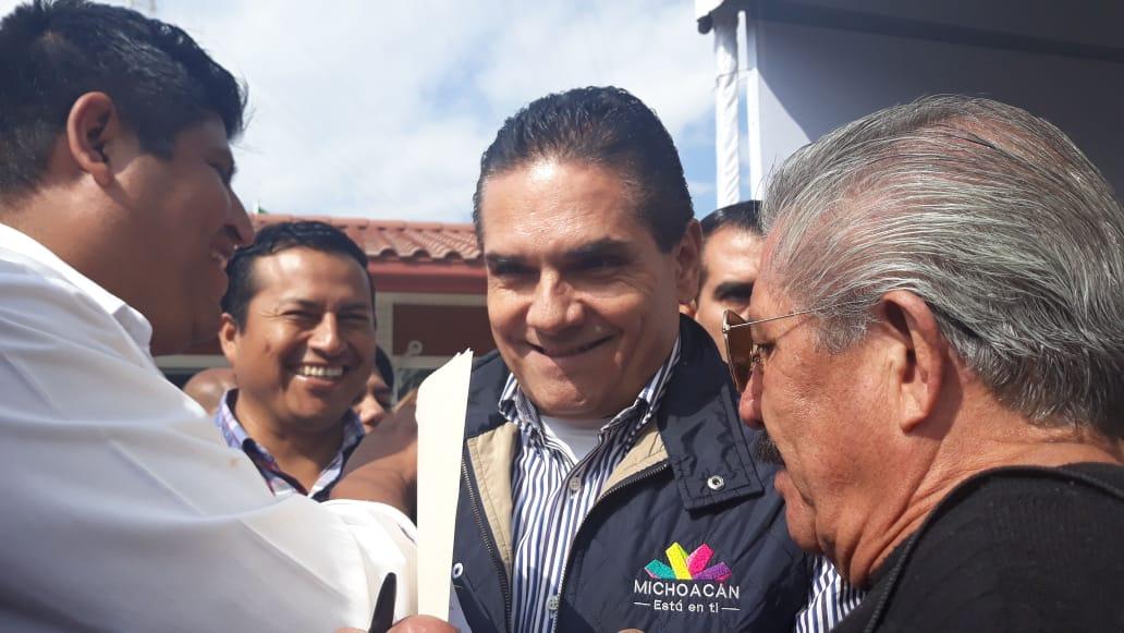 Photo of Con Un 'No Mames' Y 'Ahuevo', Silvano Pasó Lista De Funcionarios En Zitácuaro