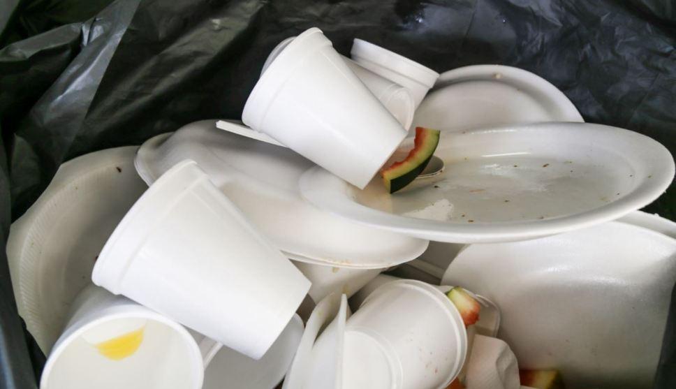 Photo of Toluca Se Une A Prohibición De Bolsas, Popotes Y Vasos De Plástico