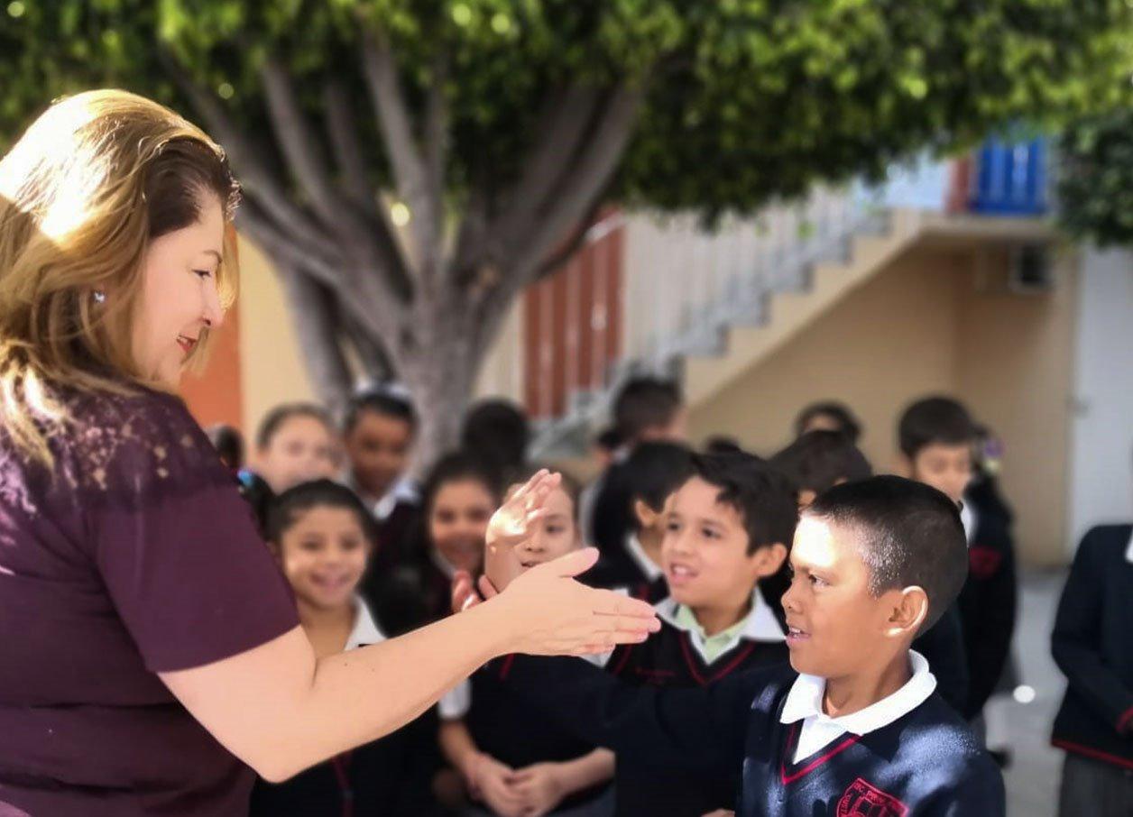 Photo of Las y los niños, son el presente, futuro y destino de Michoacán y de México: Cristina Portillo