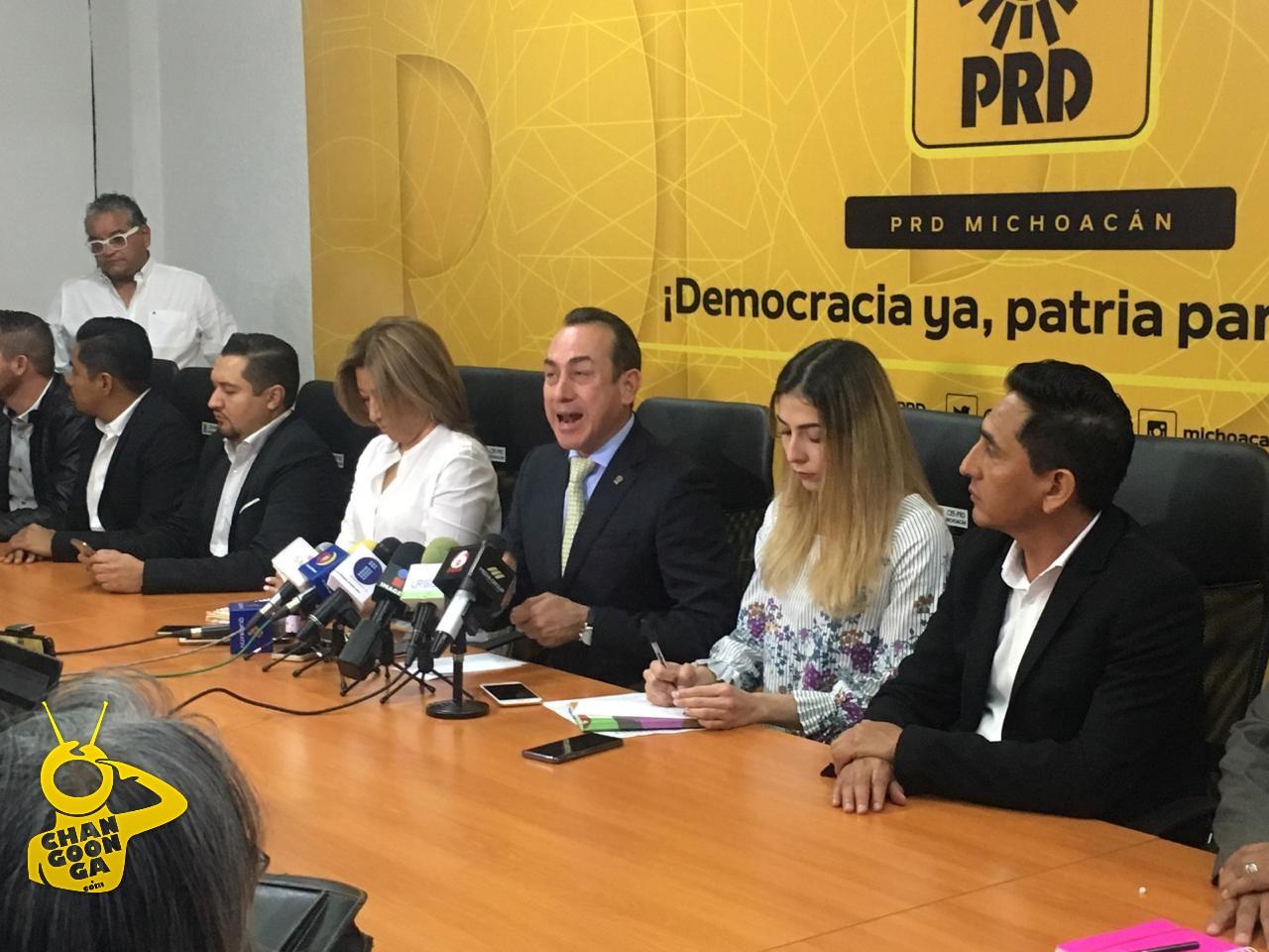 Photo of #Michoacán Líder PRD  No Quiere Pleito Y Da Bendición A Quienes Deseen Dejar Al Partido