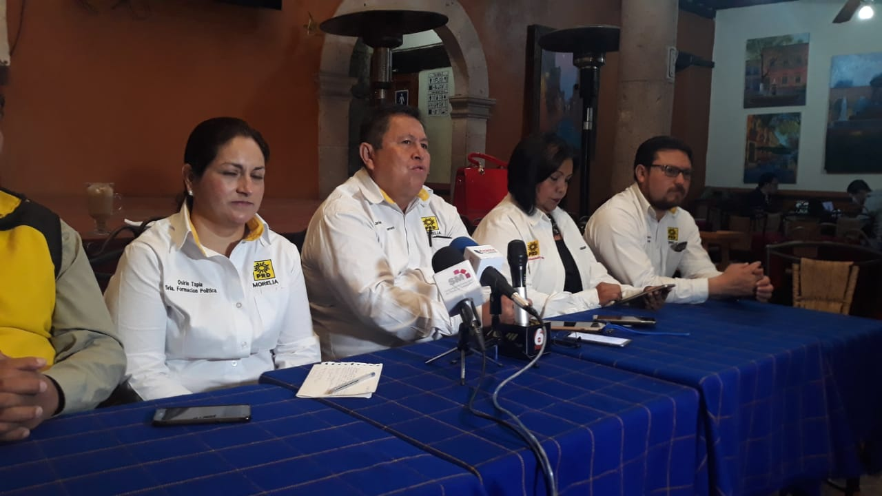 Photo of #Morelia Toño García Y Frutis Serán Oradores En Foro PRD Municipal