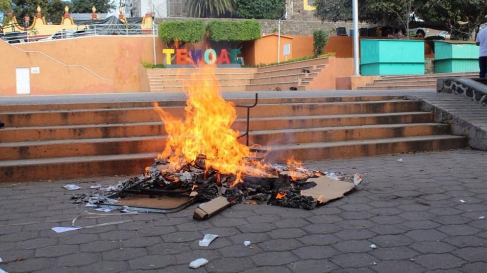 Photo of #Video Pobladores Queman Mesa Y Boletas De Consulta Por Planta Termoeléctrica En Morelos