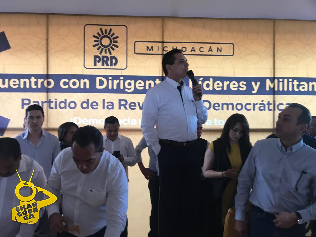 Photo of #Michoacán Gobernador Pide A AMLO Ayude Y Voltee A Ver Al Estado