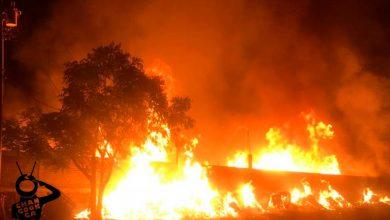 Photo of #Michoacán Arde Taller De Madera En El País Del Molcajete 'San Nicolás De Obispo'
