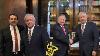 Photo of #Michoacán Alcalde Morenista Presume Foto Junto A AMLO ..Bien Photoshopeada!