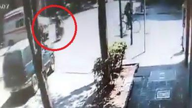 Photo of #Video Ambulancia Atropella A 2 Que Viajaban En Moto Y NO Se Detiene