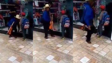 Photo of #Video Empleado de Tienda Avienta Agua A Abuelito Y A Su Nieto En Puebla