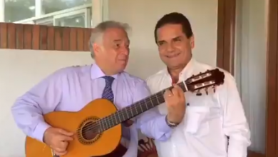 Photo of #Michoacán Secretario De Turismo Federal Y Silvano Se Echan Palomazo Con Guitarra De Paracho