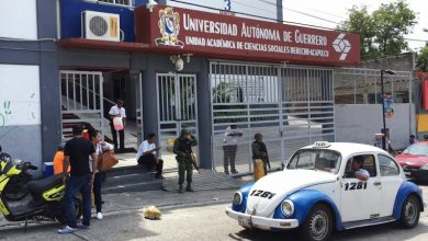 Photo of #Video En Universidad De Guerrero Estudiantes Fingen Ser Sicarios Para Asustar A Maestros
