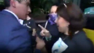 """Photo of #Video """"No Te Hagas La Víctima"""": Supuesta Periodista A Reportero Agredido En Protesta"""